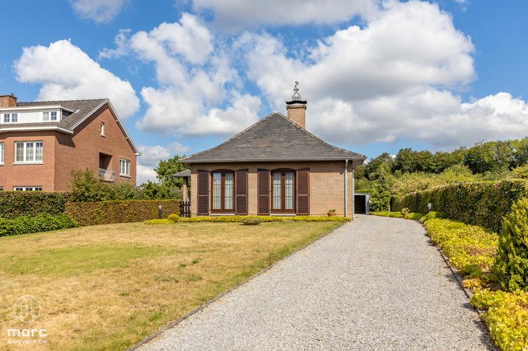 Te huur Vrijstaande bungalow met twee slaapkamers en heerlijke tuin