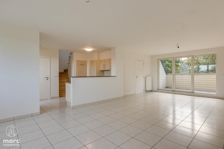 Te huur Instapklaar en vlot bereikbaar | duplex appartement met 2 slaapkamers in centrum Ham
