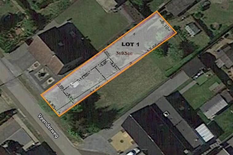 Te koop Rustig gelegen bouwgrond van 3a 93ca voor halfopen woning vlakbij centrum van Heusden